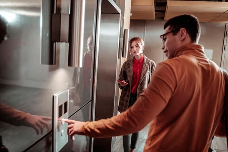 Qué coste aproximado tiene un ascensor eléctrico al mes